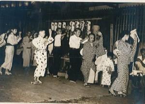 横堀7丁目で行われた祭りの様子
